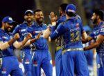 आईपीएल: पावरप्लेमै दिल्लीले गुमायो ३ विकेट