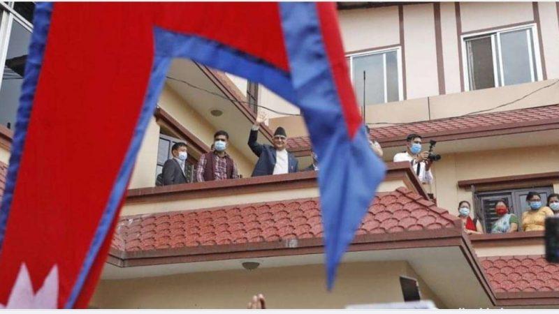 माधव नेपाल लाजशरम पचेको गद्दार हुन्, क्षमा दिन सकिँदैन : ओली